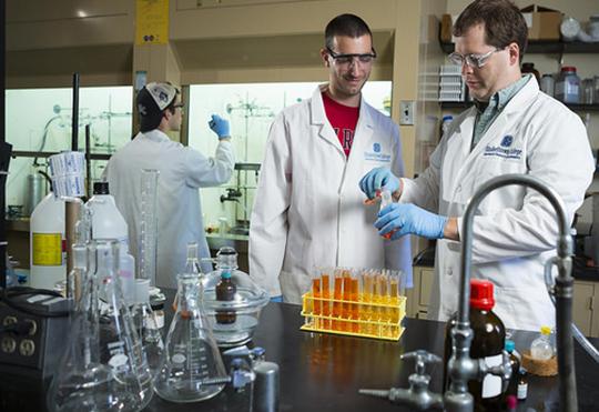 New Neuroscience Major at Elizabethtown College Provides Students Multiple Career Pathways