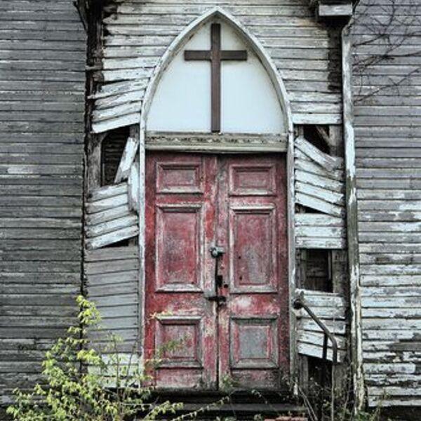 Etown Professor Explores Podcasting to Examine The Church